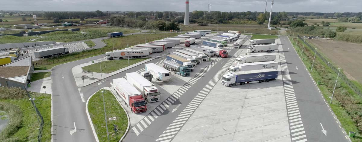 Truck parking Total Kalken
