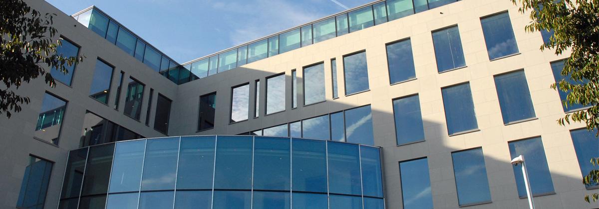 Nos bureaux qui sommes nous belgique for Buro design luxembourg